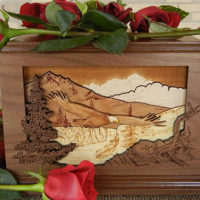 Unique Cremation Keepsakes to Remember Your Loved Ones By
